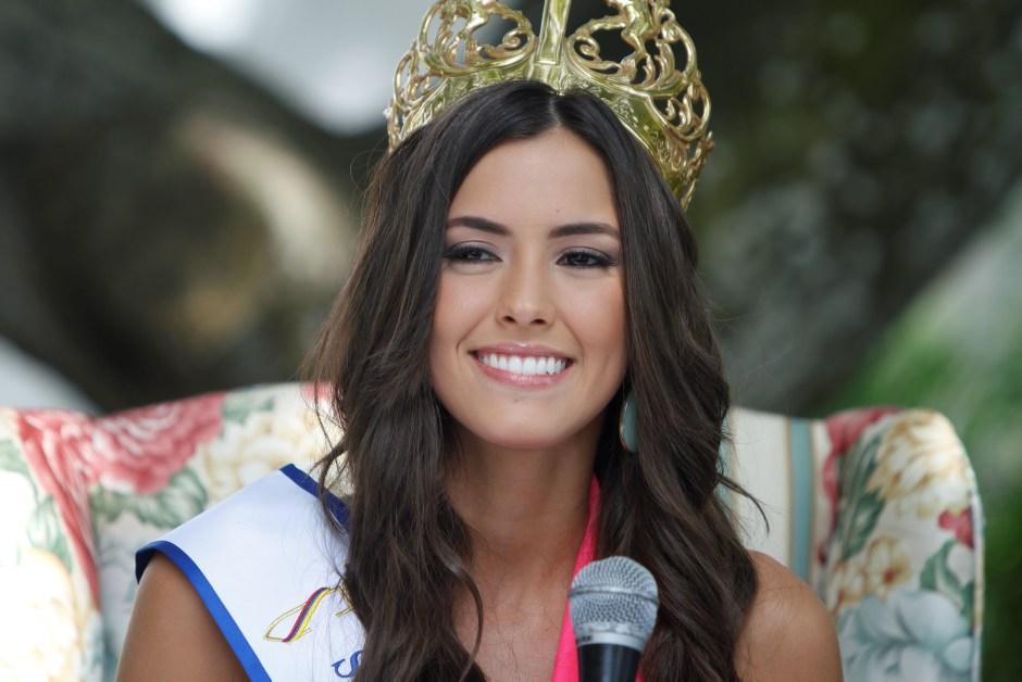 Pemenang Miss Universe 2015, Paulina Vega Operasi Plastik ?