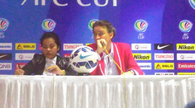 Dibantai Persib Bandung, Pelatih New Radiant Kecewa Berat