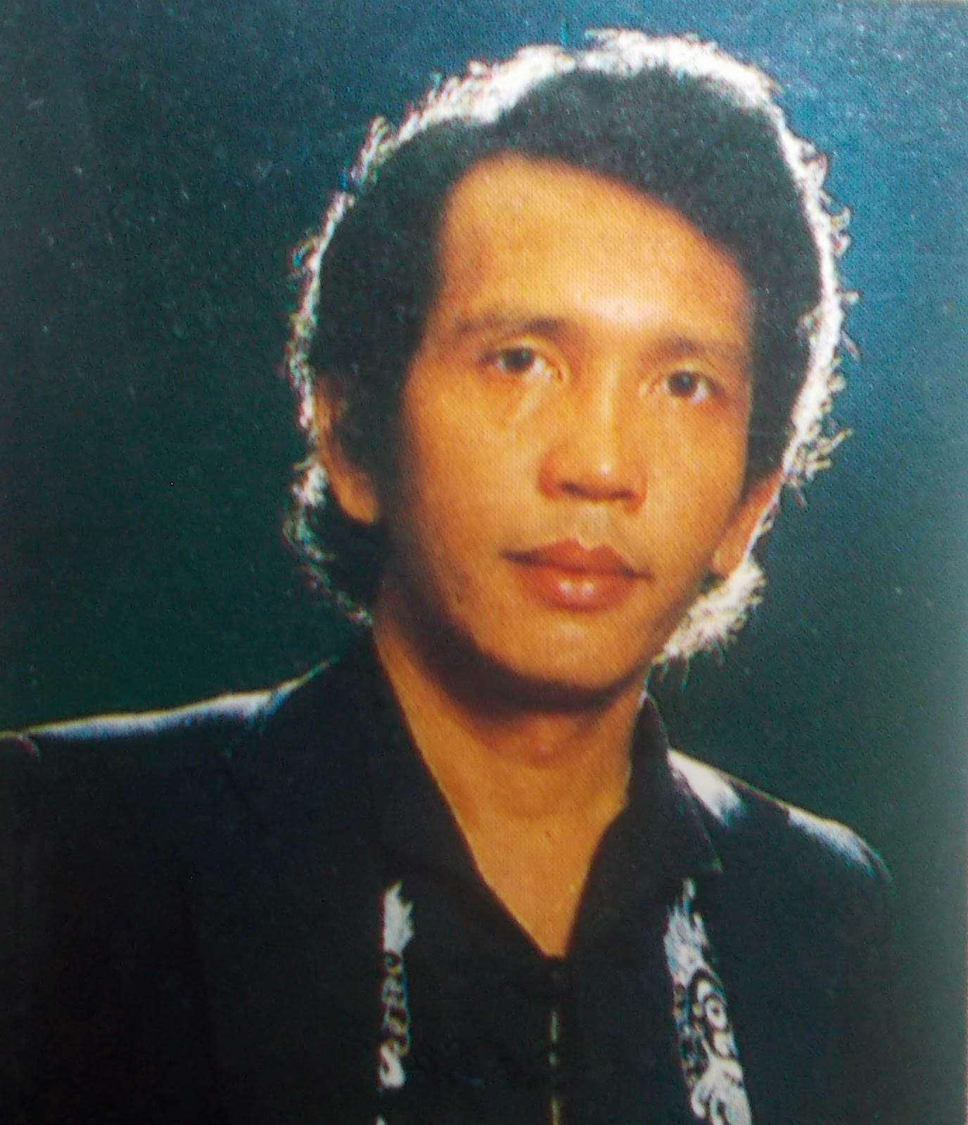 "Rinto Harahap, Penyanyi ""Belasan Bintang"" kini telah berpulang"