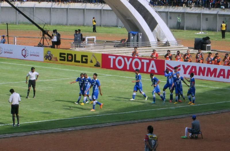 Atep Bawa Persib Bandung Unggul
