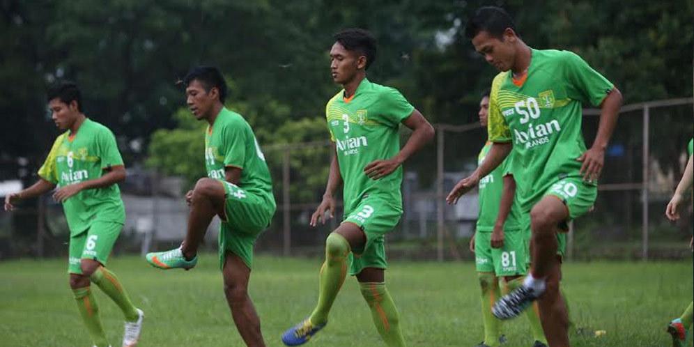 Jadwal Bola: Persebaya Permalukan Persib di Ciamis