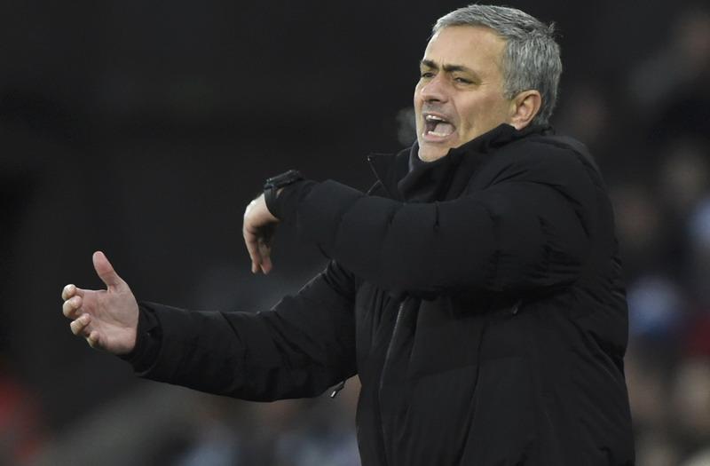 Kegeniusan Jose Mourinho Mulai Dipertanyakan