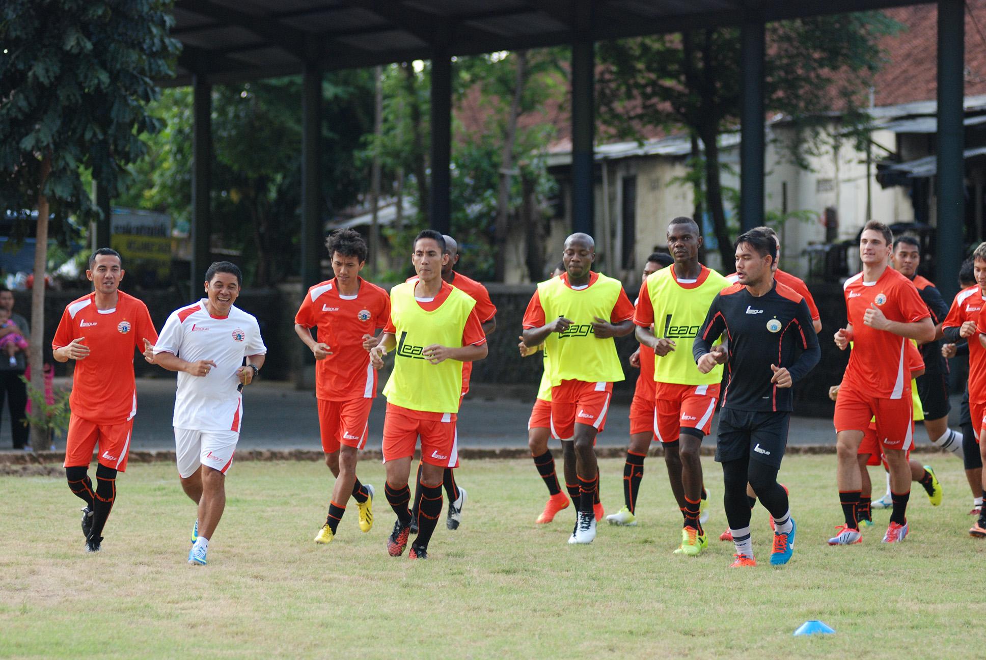 Berita Bola: Pemain di Bandung Batal Latihan Bersama