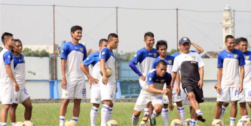 Persib Hari Ini: Berita Bola Hari Ini: Persib Siap Tempur
