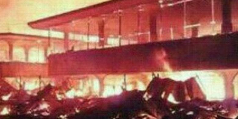 Pasar Lembang di Bandung Terjadi Kebakaran