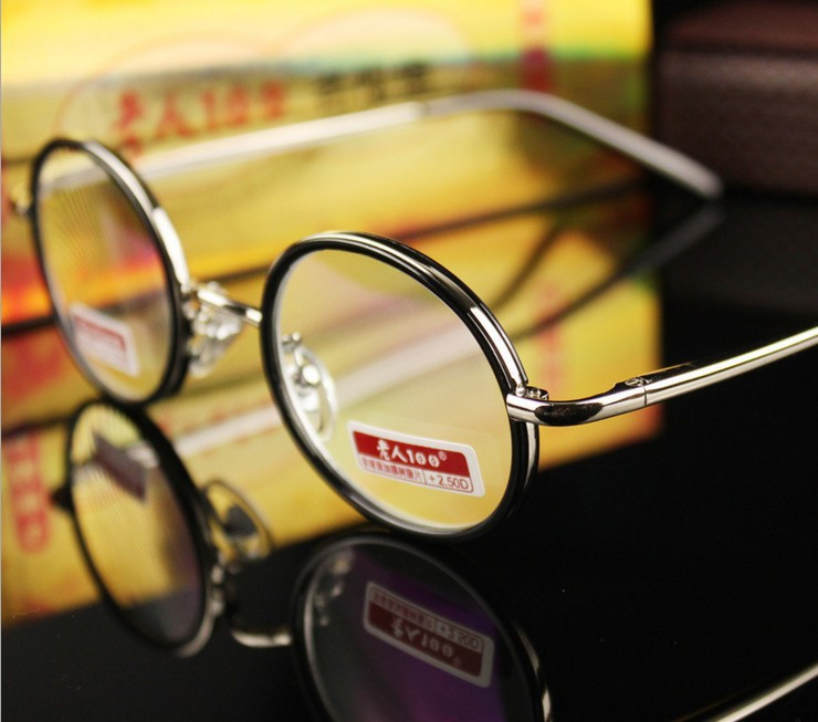 Jual Kacamata Wanita Untuk Mata Minus