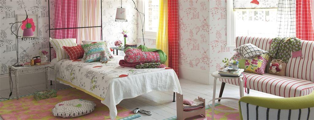 Print Wallpaper Pengganti Hiasan Dinding