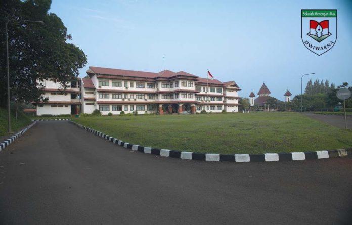 Islamic boarding school terbaik